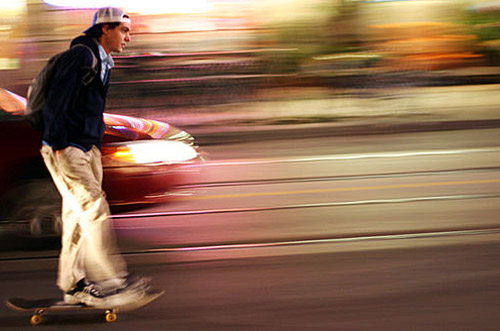 20 Head-Spinning Shots of Panning Photography